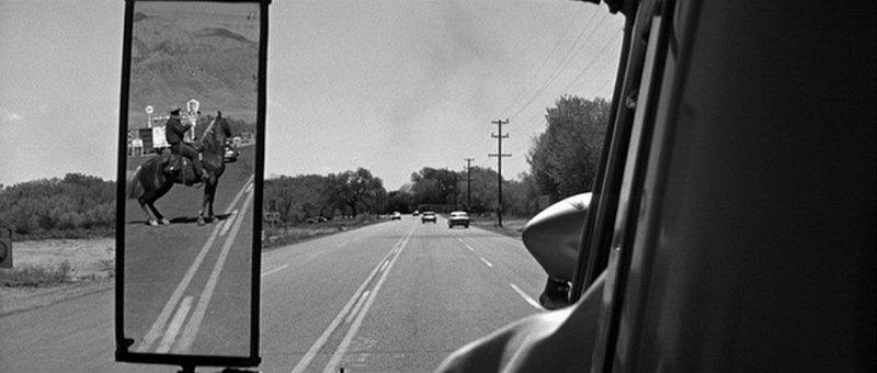 Un cavalier sur l'autoroute