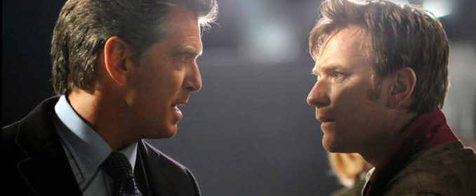 Pierce Brosnan et Ewan McGregor dans The Ghost Writer