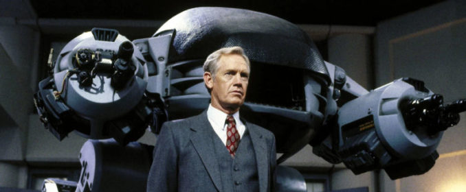 ED-209 et Dick Jones (Ronny Cox)