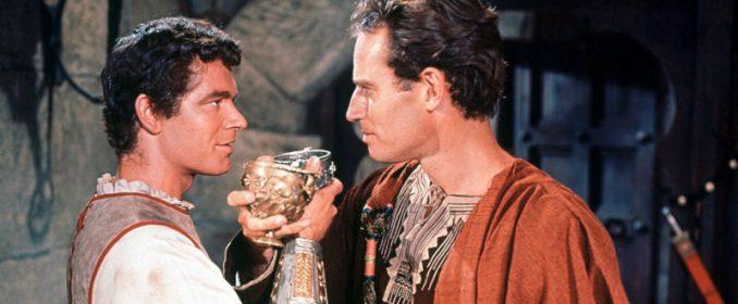 Stephen Boyd et Charlton Heston dans Ben-Hur