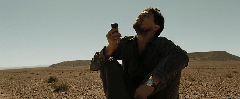 Roger Ferris (Leonardo DiCaprio), démuni