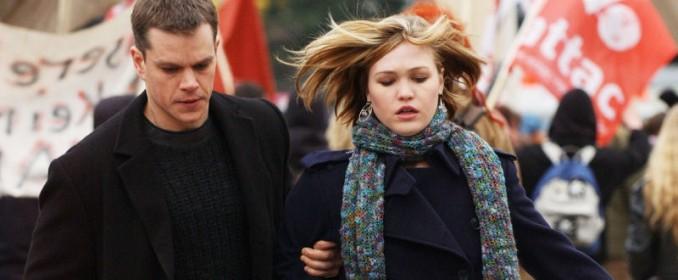 Jason Bourne  et Nicky (Julia Stiles)