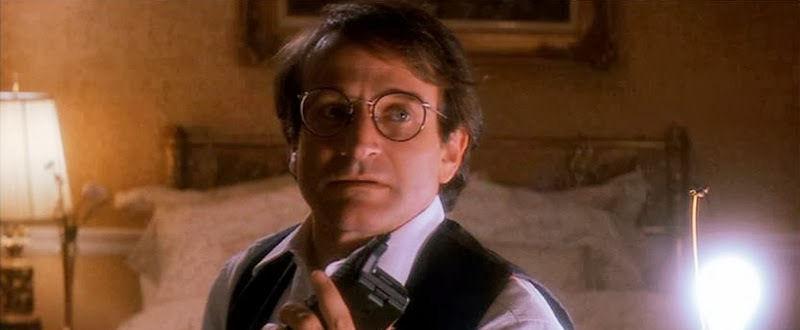 Peter Banning (Robin Williams)