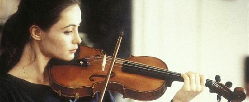 Emmanuelle Béart dans Un Coeur en Hiver