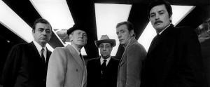 François Périer, Bourvil, Jean-Pierre Melville, Yves Montand et Alain Delon sur le tournage du Cercle Rouge