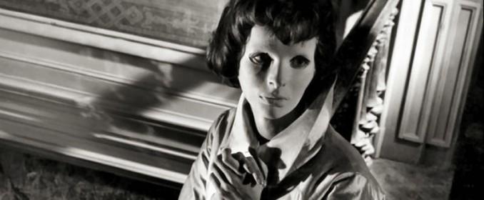 Edith Scob dans Les Yeux sans Visage