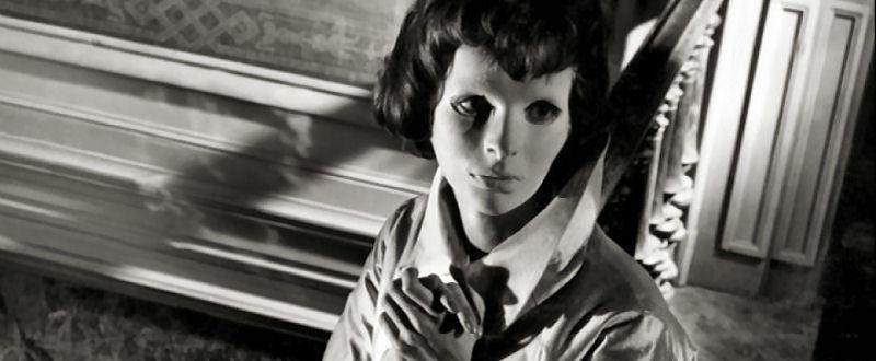 Les Yeux Sans Visage (Maurice Jarre) De l'autre côté du miroir
