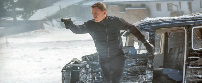 Daniel Craig est très colère : il a cassé son petit avion