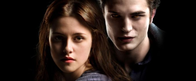 Kristen Stewart et Robert Pattinson dans Twilight