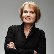 Anne Dudley reçoit le prix France Musique – SACEM 2017 La compositrice britannique devance les treize autres concurrents de cette onzième édition