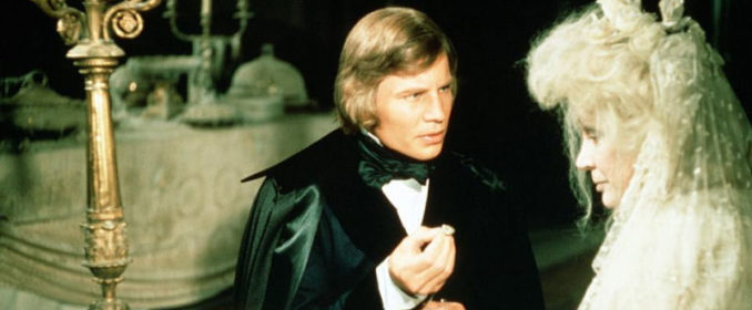 Michael York dans Great Expectations