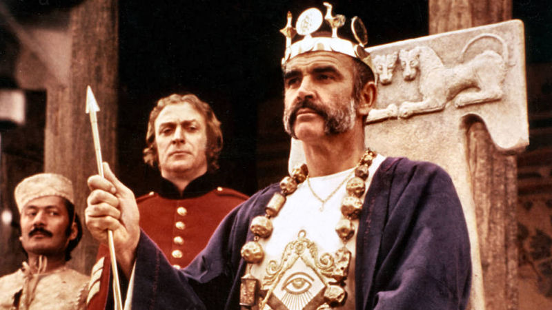 Michael Caine et Sean Connery dans The Man Who Would Be King