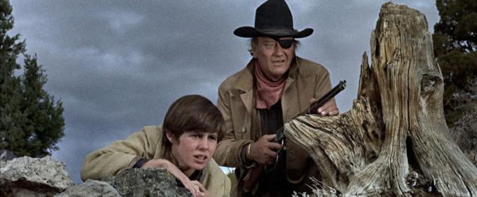 Kim Darby et John Wayne dans True Grit