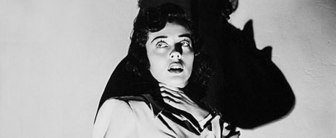 Ruth Hussey dans The Uninvited