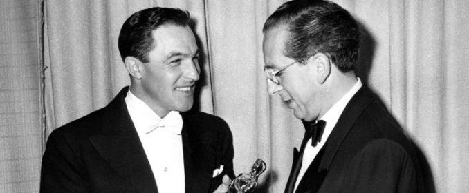 Gene Kelly, Franz Waxman et son Oscar pour Sunset Boulevard en 1951